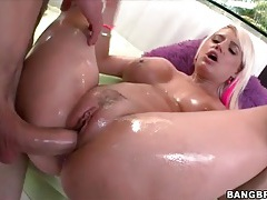 Big dick plunges into cunt of wet blonde girl tubes