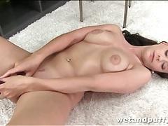 Thick dildo pleasures pussy of brunette slut tubes