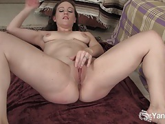 Flexible brunette lou fingering her shaved pussy tubes