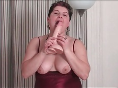 Lingerie looks lovely on masturbating mature tube