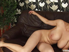 Busty young kathy fuck huge toy tubes