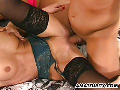 2 amateur milf share one big cock with cumshot tubes