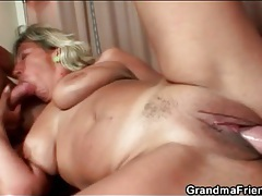 Young cocks slam this slutty old girl tubes