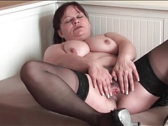 Old lady in stockings masturbates hairy pussy tubes