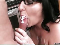 Sexy bbw fucked in her kitchen tubes