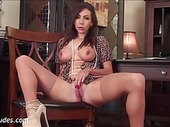 Nina leigh in always pleasurable tubes