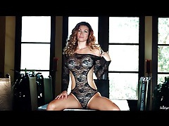 Busty goddess heather vandeven in black lace tubes