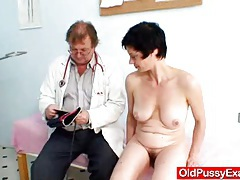 Busty mom barbora real pussy gyno exam tubes