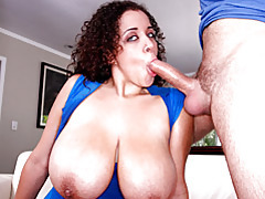 Massive boobs babe sucks cock tubes