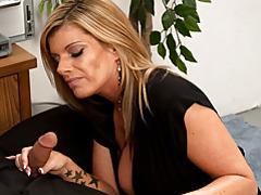 Sexy slut sucks cock in office tubes