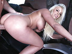 Eat out and fuck a blonde tubes