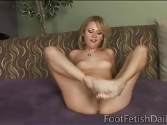 Masturbating and footjob with sindee jennings tubes