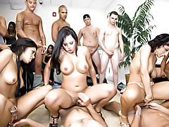 Amazing group sex! tubes