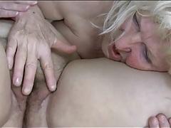 Fat women munch pussy in lesbian porn tubes
