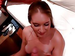 Jiggling big ass in amateur scene tubes