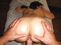 Fucking a babe from behind tubes