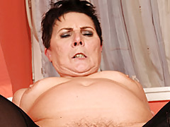 Chubby mature dick rider tubes
