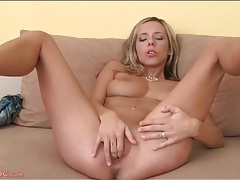 Solo blonde tracy fingers her cunt tubes