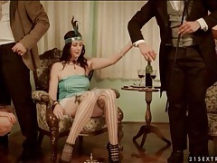 Sexy flapper girls suck dick in foursome tubes