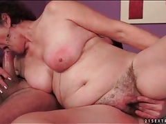 Hairy vagina mature sucks his hard young cock tubes