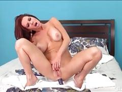 Naked redhead veronica avluv masturbates tubes
