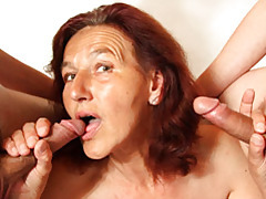 Handjobs from a hot mature tubes