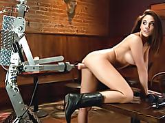 Dildo robot fucks her pussy tubes