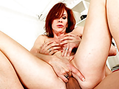 Sex with a redheaded milf is fun tubes
