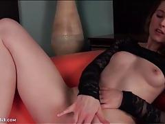 Smoking hot girl in high heels masturbates tubes