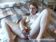 Milf blowjob gets him fucked in her hot box tubes