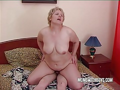 Bbw mature mom seduces sons friend tubes