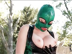 Solo latex fetish babe outdoors tubes