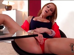 Secretary abbie cat masturbates at work tubes