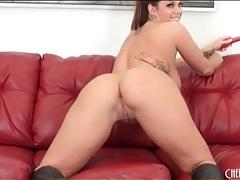 Wicked voluptuous brunette masturbates pussy tubes