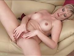 Hottie with rock hard nipples masturbates tubes
