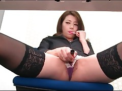 Horny secretary masturbates hot pussy at work tubes