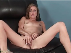 Skinny mature slut plays with her hairy vagina tubes