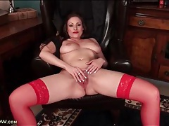 Lipstick and sexy red stockings on hot milf tubes