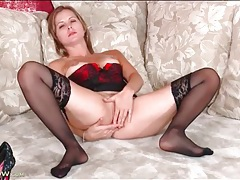 Solo beauty dressed in lingerie masturbates tubes