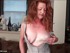 Redhead mature veronica smith in sexy corset tubes