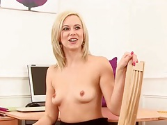 Cute blonde milf anna joy fingers her pussy tubes