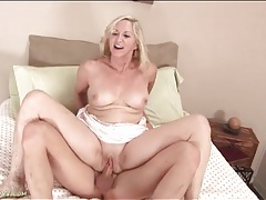 Horny mature anna belle sits on a dick tubes