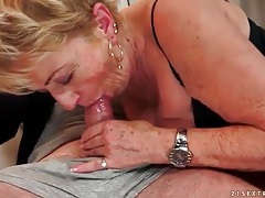 Kissing and eating out freckled mature chick tubes
