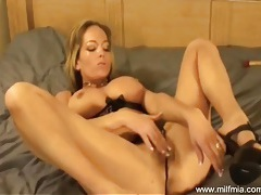 Milf mia knows how to cum tubes