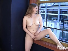 Sweet lili masturbating hard tubes