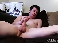 Brunette straight guy josh masturbating tubes