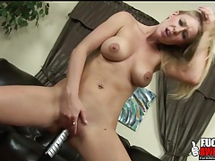 Allison pierce fucks a bat into her cunt tubes