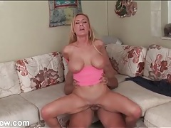 Hot mom sits her bald cunt on his hard cock tubes