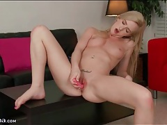 Teen with a little pink vibrator masturbates her cunt tubes