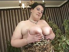 Purple bra and panties look sexy on bbw tubes